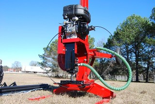 Well drilling rig, portable well drilling rigs, hydraulic